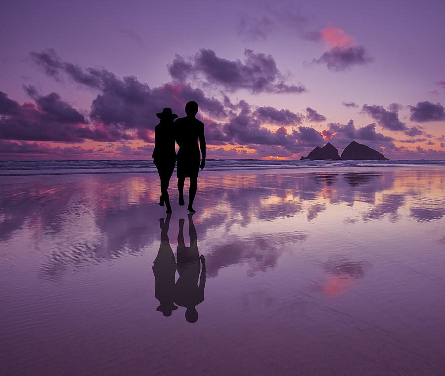 silhouette-of-a-romantic-happy-couple-on-a-beach-at-sunset-andy-fox